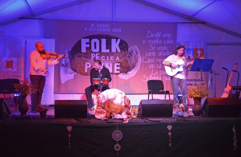 """Festivalul """"Folk pe pâine"""" – Septembrie"""